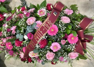 deuil petales de rose la tour daigues 13