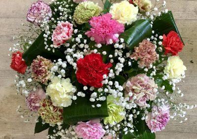 deuil petales de rose la tour daigues 25