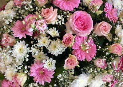 deuil petales de rose la tour daigues 3