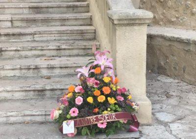 deuil petales de rose la tour daigues 7