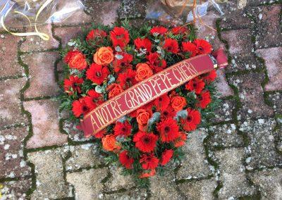 deuil fleuriste petales de rose la tour d'aigues