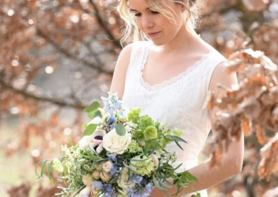shooting printanier mariage fleuriste la tour d-aigue 84